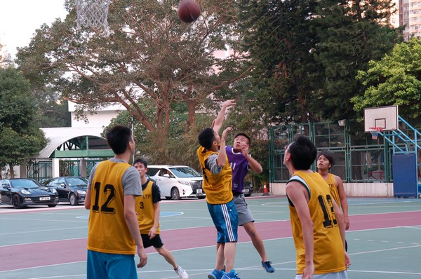 http://www.ntsha.org.hk/images/stories/activities/2016_teachers_basketball_match/smallDSC_2247.JPG