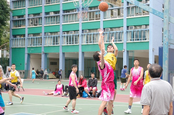 http://www.ntsha.org.hk/images/stories/activities/2016_teachers_basketball_match/smallDSC_2414.JPG