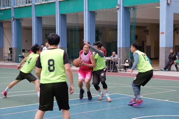 http://www.ntsha.org.hk/images/stories/activities/2016_teachers_basketball_match/smallDSC_2546.JPG